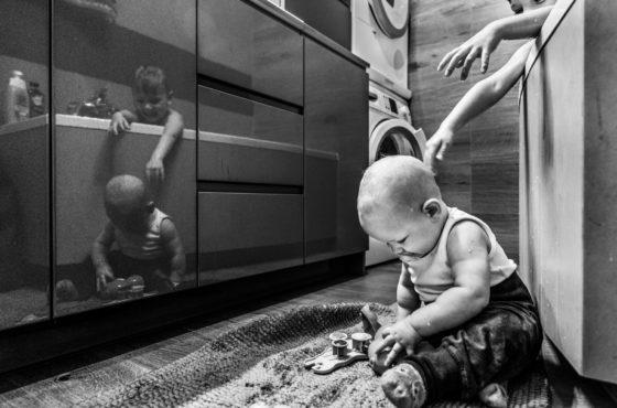 """Mój łazienkowy kadr wśród najlepszych zdjęć miesiąca Kadrografii w temacie """"Odbicia"""""""